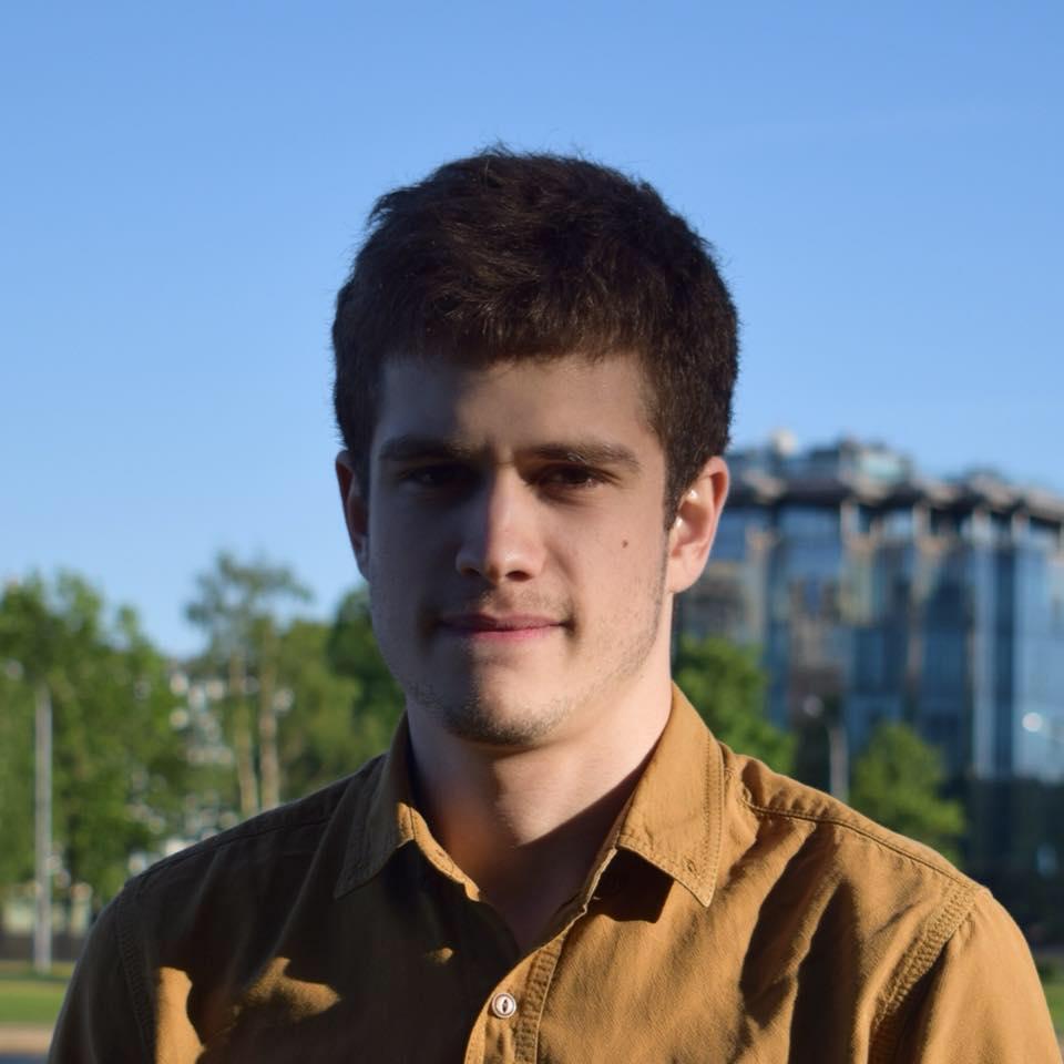 Артур Скутельский